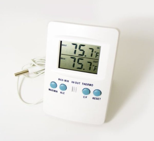 Zeal P1000 Digital Thermometer for Indoor & Outdoor Use